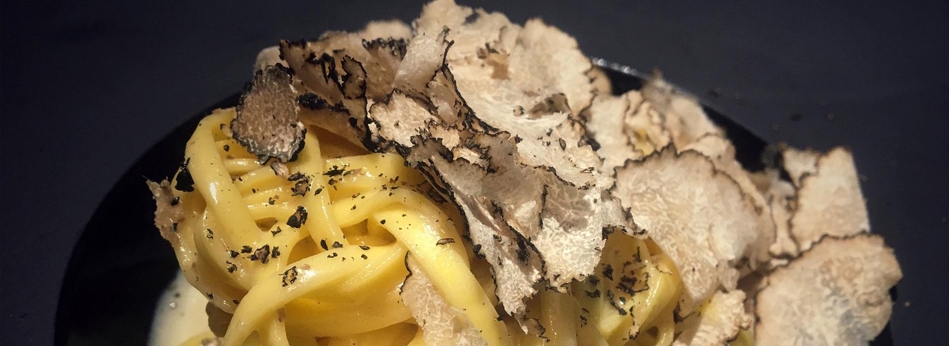 Tagliolini con tartufo nero